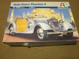 Rolls-Royce Phantom II  1:24 Italeri