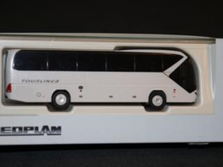 Neoplan Tourliner od Rietze