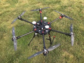 Prodám Hexakoptéru –6ti vrtulový profesionální dro