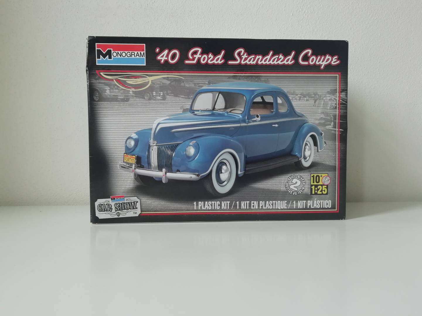 Monogram 40 Ford Standard Coupe